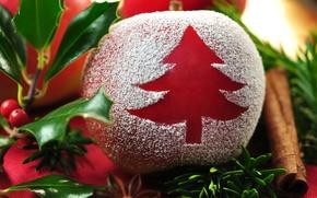 Картинка листья, ягоды, стол, праздник, новый год, яблоко, ветка, christmas, корица, new year, ёлочка, хвоя