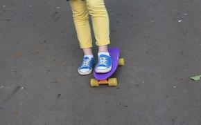 Картинка синий, желтый, стиль, спорт, кеды, джинсы, пенни борд