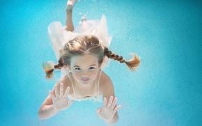 Картинка девочка, косички, под водой, плавание, Happy Summer