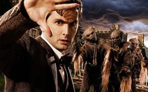 Картинка небо, взгляд, облака, мрак, рука, костюм, сериал, пиджак, ладонь, Doctor Who, пугало, Доктор Кто, галстук …