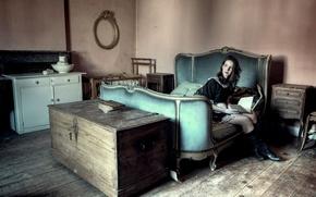 Картинка девушка, комната, мебель