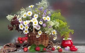 Картинка цветы, букет, природа, корзинка, цветок, ягоды, ромашки, лето, корзина, клубника