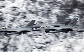 Картинка полет, группа, истребитель, американский, F-16, Fighting Falcon, поколения, General Dynamics, лёгкий, многофункциональный, четвёртого, Бойцовый сокол
