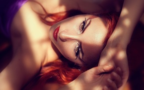 Картинка woman, model, face, redhead, sunlight