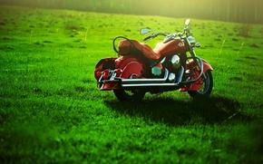 Картинка зелень, Мотоцикл, лужайка
