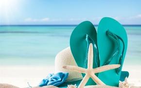 Картинка песок, море, пляж, лето, солнце, отдых, шляпа, summer, beach, каникулы, sand, сланцы, vacation, starfish, accessories, ...