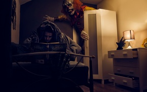 Картинка страх, комната, мальчик, клоун, книга