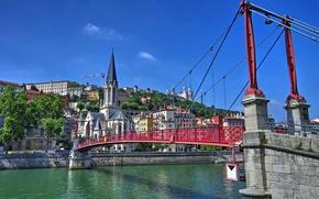 Картинка небо, мост, река, Франция, дома, склон, Лион, Роны-Альпы