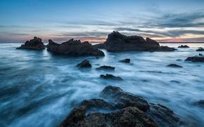 Картинка небо, облака, закат, камни, океан, скалы, голубое, берег, вечер, Калифорния, США