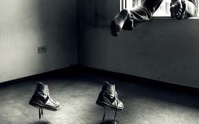 Обои прыжок, обувь, окно, бег