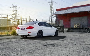 Картинка BMW, 535i, rearside, F10. white, XO Wheels