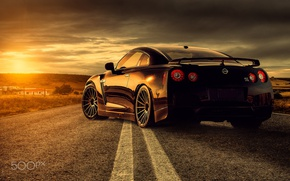 Обои свет, солнце, Nissan, дорога, GTR