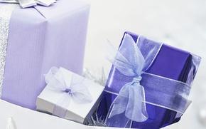 Картинка белый, синий, праздник, лента, подарки, бантик, ленточка, сюрприз