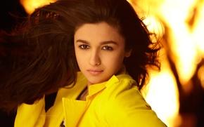 Картинка girl, yellow, alia_bhatt