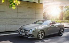 Картинка солнце, Mercedes-Benz, AMG Line, SLC300, машина возле дома
