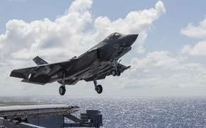 Картинка истребитель, бомбардировщик, взлет, Lightning II, F-35C