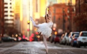 Обои девочка, балерина, танец, tiny dancer, улица