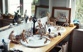 Картинка пена, человек, человечки, бассейн, раковина, купание, фотограф, ванна, деревянный, photography, photographer, ikea, David Olkarny, моются, …