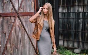 Картинка взгляд, девушка, лицо, фон, волосы, рука, платье, куртка