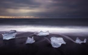 Картинка зима, песок, пляж, лёд, утро, Исландия, Декабрь, ледниковая лагуна Йёкюльсаурлоун, чёрные пески