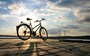 Картинка море, небо, вода, солнце, облака, деревья, велосипед, фон, widescreen, обои, настроения, листва, спорт, колесо, wallpaper, …