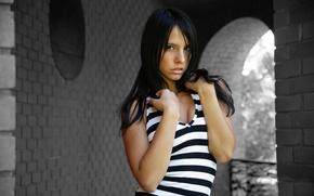 Картинка Девушка, Взгляд, Черно-белый, Брюнетка, Стоя, Monika Vesela