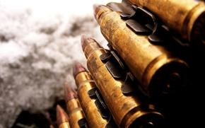 Обои оружие, крупный калибр, патроны, пулемётная лента