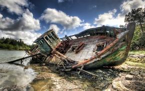 Обои старый, разрушение, корабль, река