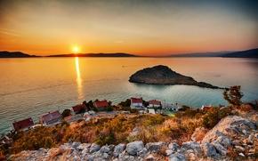 Картинка солнце, озеро, берег, остров, утро, поселок