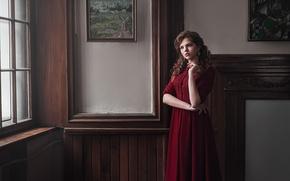 Картинка девушка, милая, модель, портрет, интерьер, платье, картины, light, red, шатенка, прелесть, beautiful, beauty, natural, Valeri, …