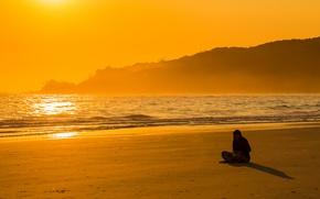 Картинка waves, girl, summer, beach, sea, ocean, sand, seaside, reflection, shadow, bay, meditation, sunny, contemplation