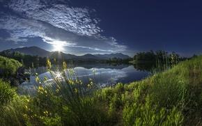 Картинка утро, восход, отражение, горы, Франция, France, Alistro, река Алистро, Корсика, Corsica, рассвет, трава, река, облака