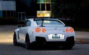 Картинка белый, вечер, R35, Nissan GTR, стоп-сигналы