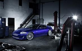 Обои синий, Jaguar, XKR, гараж