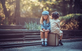 Картинка дорога, мальчик, девочка, чемодан, Young Travelers