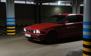 Картинка красный, бмв, гараж, BMW, парковка, бумер, bmw 5 series, red bmw