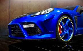 Картинка машина, синий, фары, тюнинг, Porsche, Panamera, диски, передок, Turbo, Mansory