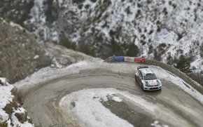 Картинка Зима, Volkswagen, Поворот, WRC, Rally, Ралли, Polo, Sebastien Ogier, Julien Ingrassia, tilt- shift