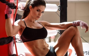 Картинка взгляд, поза, фигура, ринг, фитнес, figure, model, бинты, ring, look, pose, fitness, bandages, abs, Michelle …