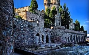 Картинка вода, деревья, камни, стены, Франция, башня, крепость, Chateau de la Napoule
