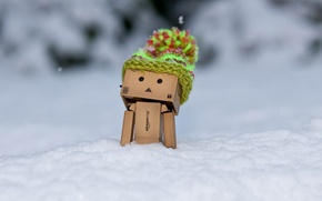 Картинка зима, снег, коробка, шапка, мороз, Danbo, шапочка, Amazon, коробочный человечек