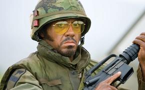 Картинка оружие, фильм, солдаты, роберт, вьетнам, младший, дауни, неудачи