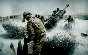 Картинка пыль, солдаты, Артиллерия, залп, отдача