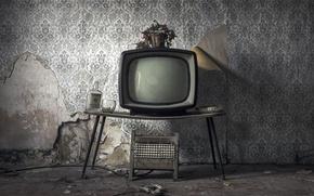 Картинка комната, бутылка, телевизор