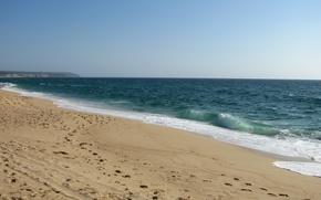 Картинка песок, море, волны, пляж, лето, небо, пена, вода, брызги, следы, природа, гладь, океан, земля, widescreen, ...