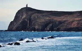 Картинка waves, tower, sea, mountains, rocks, castle, wind, cliff