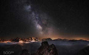 Обои звезды, облака, горы, ночь, туман, млечный путь