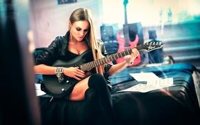 Картинка гитара, игра, девушка