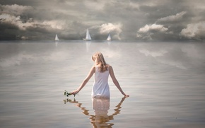 Картинка девушка, цветы, паруса, в воде