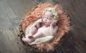 Обои корзина, ребенок, сон, девочка, чепчик, малышка, младенец